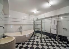 卡斯特拉納珀蒂宮總統酒店 - 馬德里 - 浴室