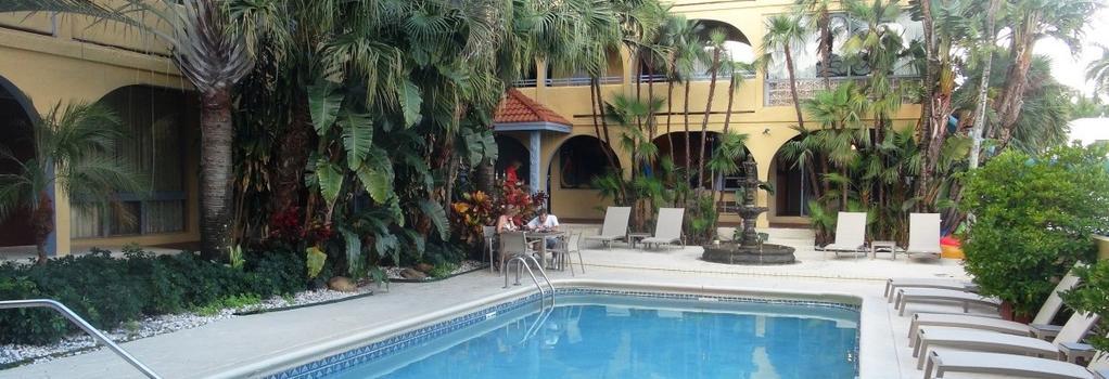 Tropirock A North Beach Village Resort Hotel - 勞德代爾堡 - 游泳池