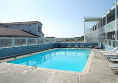 金沙度假酒店 - Ocean Shores - 游泳池