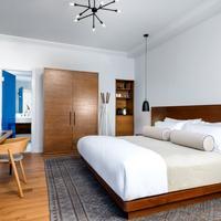The Walper Hotel Guestroom