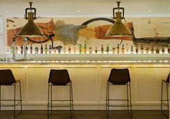 H10征服者酒店 - 美洲海灘 - 酒吧