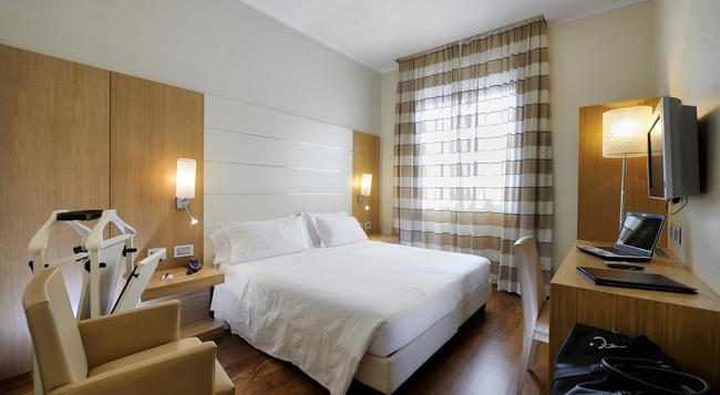 Hotel Canada - 米蘭 - 臥室