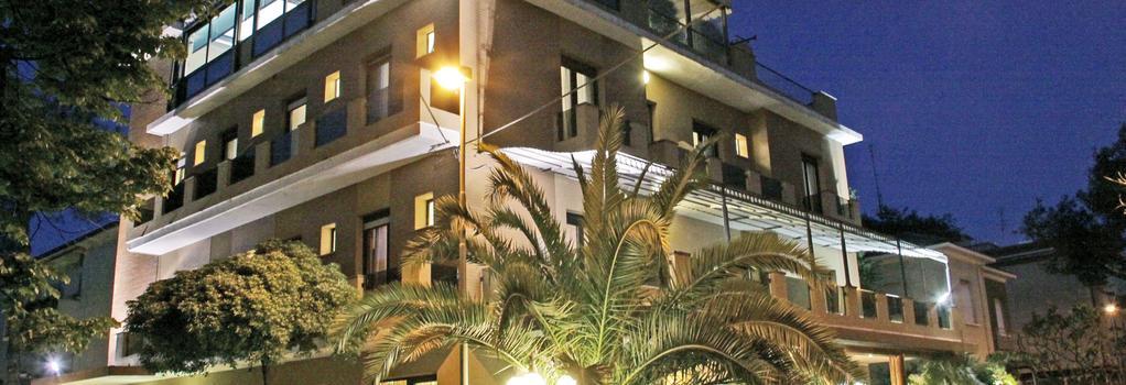 Hotel Memory - 里米尼 - 建築