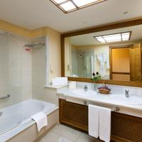 Costa Adeje Gran Hotel Bathroom