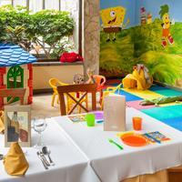 Costa Adeje Gran Hotel Family Dining