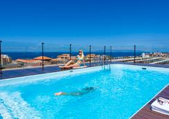 費納比海岸之南酒店 - 阿德耶 - 游泳池