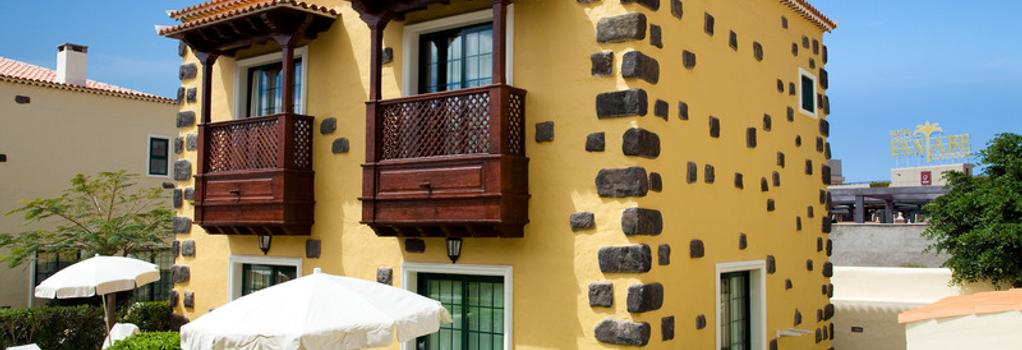 Hotel Isabel - 阿德耶 - 建築