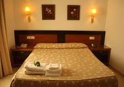 布蘭科佛得角餐廳酒店 - Conil de la Frontera - 臥室