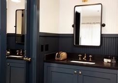 安維爾汽車旅館 - 傑克遜 - 浴室