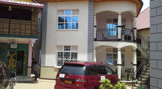 Radius Guest Flats - Kigali - 建築
