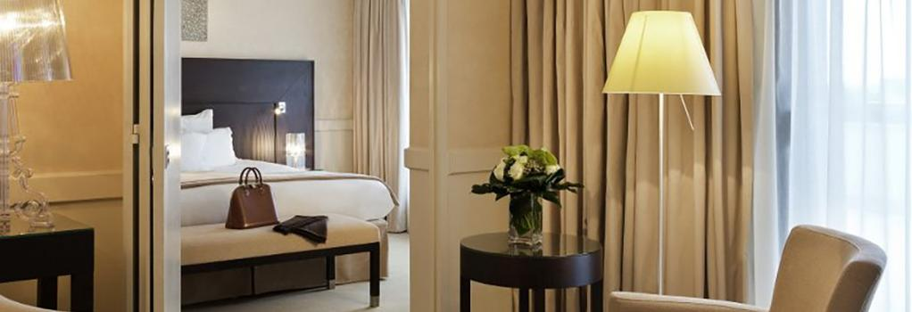 Hotel Barriere Le Gray d'Albion Cannes - Cannes - 臥室