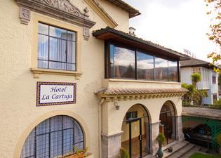 拉卡圖加酒店