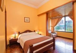 拉卡圖加酒店 - 基多 - 臥室