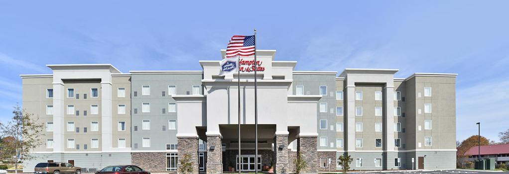 Hampton Inn & Suites Greensboro/Coliseum Area, NC - Greensboro - 建築