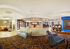 莫比爾萬怡酒店 - 莫比爾 - 大廳