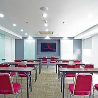 Red Planet Palembang Meeting Facility