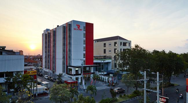 Red Planet Surabaya - 泗水 - 建築