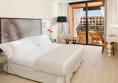 H10阿德赫海岸皇宮酒店 - 阿德耶 - 臥室
