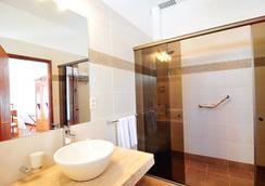Posada Del Virrey - Colonia - 浴室