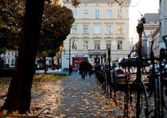 達尼羅賓館 - 利沃夫 - 室外景