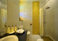 Hotel Amazing Mandalay - 曼德勒 - 浴室
