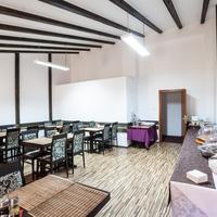 Hotel Citadella Bucuresti Breakfast Area