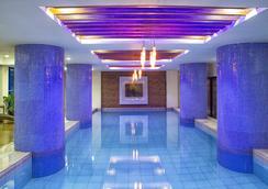 西莫圖標酒店 - 馬尼拉 - 游泳池