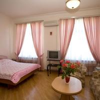 Villa des Roses Hotel Family room