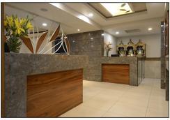 Hotel Rajmahal - 浦那 - 大廳