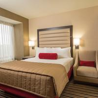 The Madison Concourse Hotel and Governor's Club Guestroom