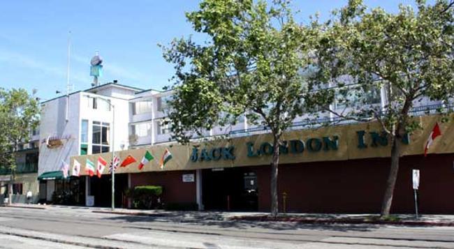 Jack London Inn - 奧克蘭 - 建築