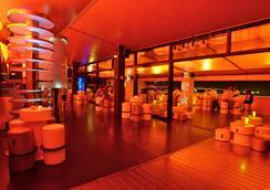 美國之門GL希爾肯酒店 - 馬德里 - 休閒室