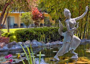 San Jose Airport Garden Hotel
