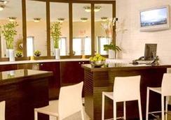 Strand Ocean Drive Suites - 邁阿密海灘 - 大廳