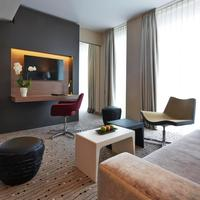 Steigenberger Hotel Am Kanzleramt Living Area
