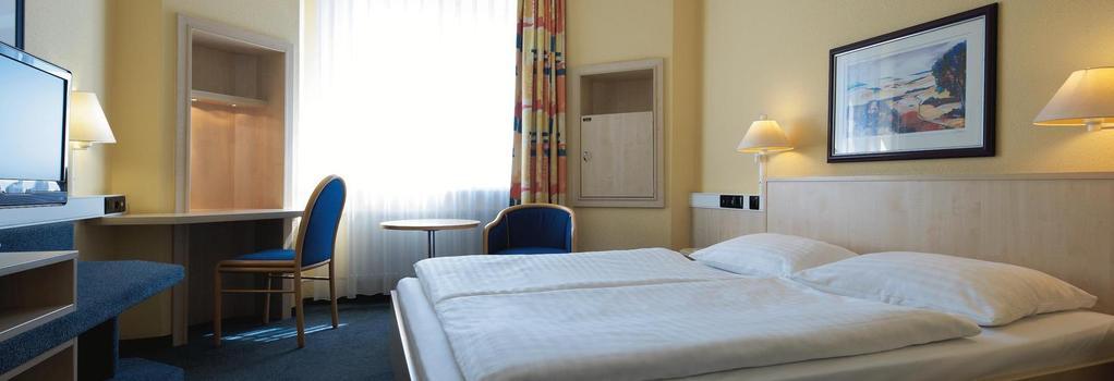 Intercityhotel Erfurt - 愛爾福特 - 臥室