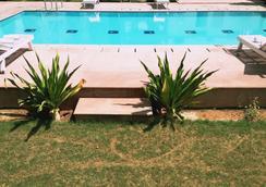 Tiger Vilas Ranthambhore - Sawai Madhopur - 游泳池