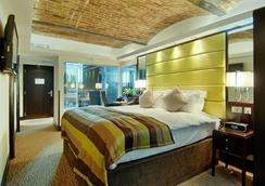 倫敦市蒙卡爾姆啤酒廠酒店 - 倫敦 - 臥室