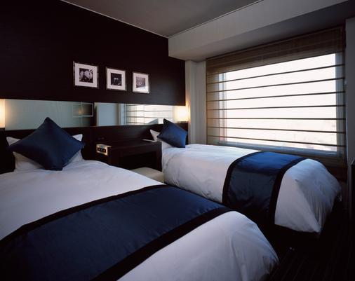 新宿王子大飯店 - 東京 - 臥室