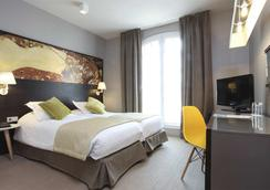 小宮殿酒店 - 巴黎 - 臥室