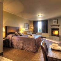 Hotel Vacances Tremblant Guestroom