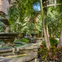 The Westshore Grand, A Tribute Portfolio Hotel, Tampa Outdoor patios