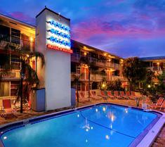 海洋沙灘宮酒店