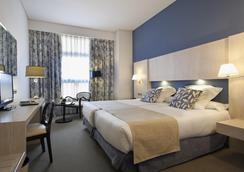 紐沃波斯頓酒店 - 馬德里 - 臥室