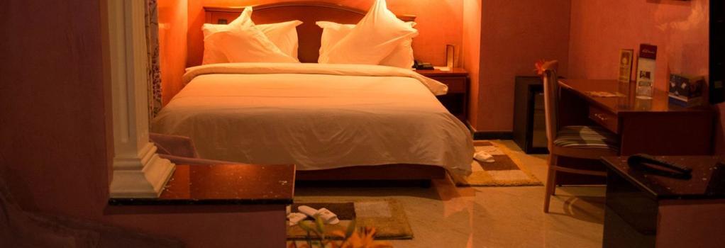 Oum Palace Hotel & Spa - 卡薩布蘭卡 - 臥室