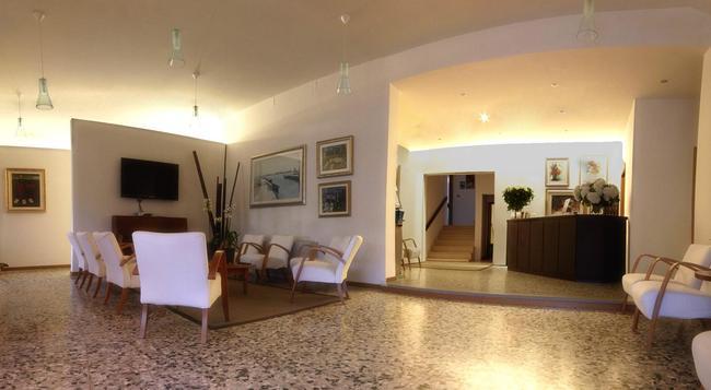 Hotel Colonna - Jesolo - 大廳