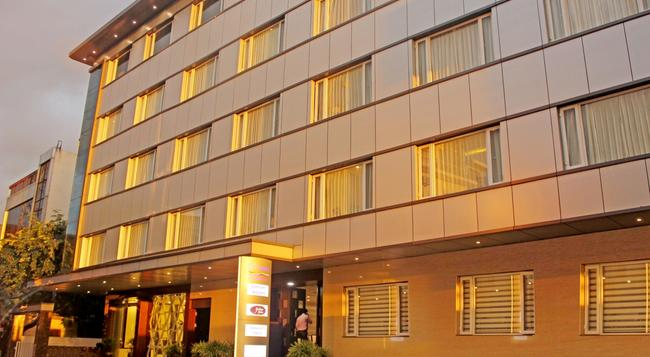 Rio The Hotel - 班加羅爾 - 建築