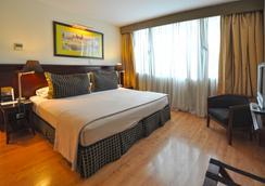 門多薩亞美利安酒店 - 門多薩 - 臥室