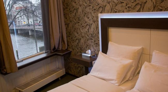 Hotel The Bird - 阿姆斯特丹 - 臥室