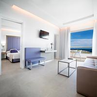 Hotel Torre Del Mar Living Room